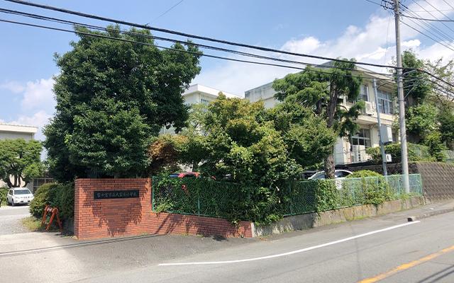 大富士小学校