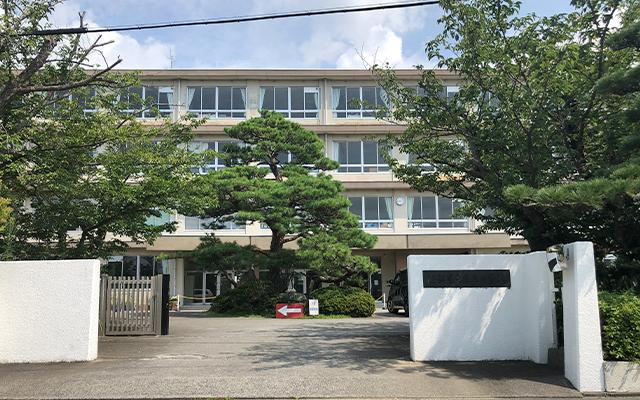 芳川北小学校