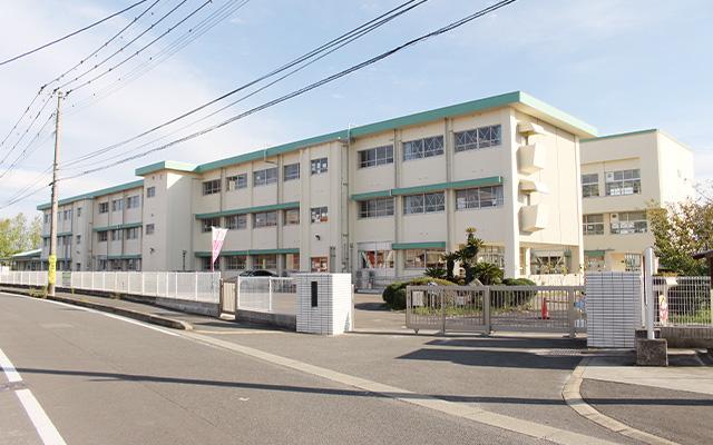 西与賀小学校