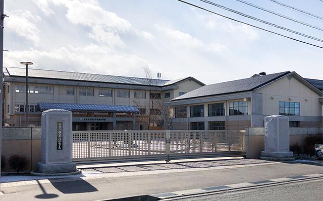 佐久平浅間小学校