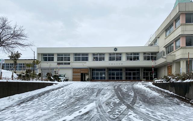 大潟町中学校