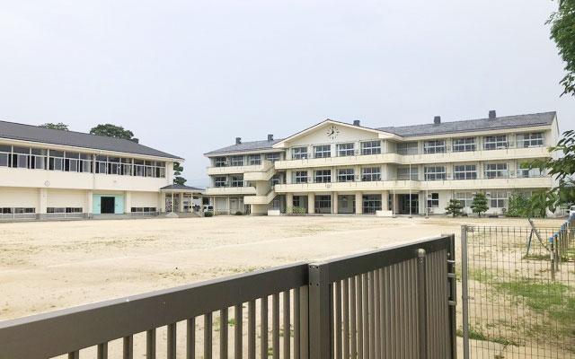 市立大浦小学校