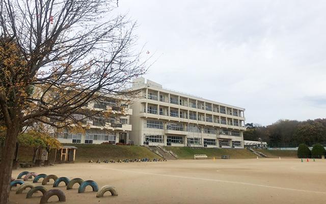 神谷小学校