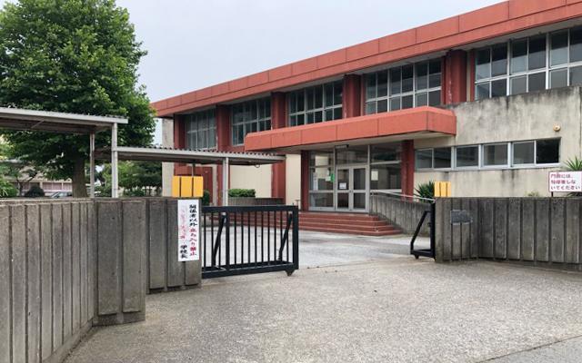岩根小学校