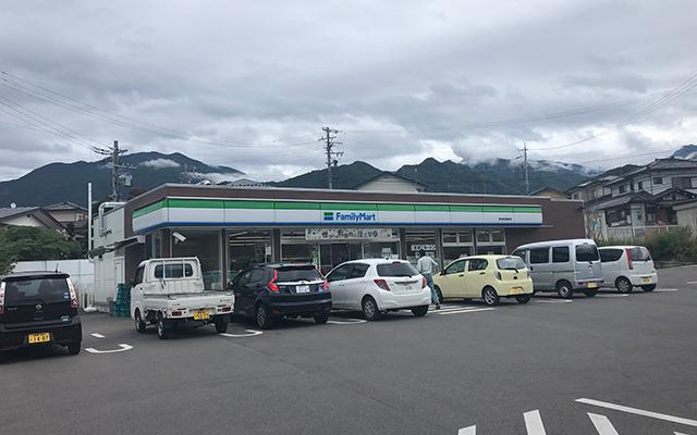 ファミリーマート信州須坂亀倉店
